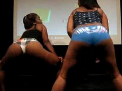 Black Chicks Loot Twerking - spankbang.org
