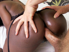 Black mom Diamond Jackson anal drilled doggy quality