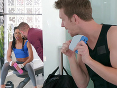 Brazzers HD: Kira Finds The brush Extremity with Kira Noir with the addition of Markus Dupree