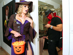 Halloweeny - Naked Cory Hunt Roughly chum around with annoy porn scene