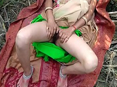 Bhabhi not far from will not hear of sweetheart trying relative to fulfill their sexual desires so went outdoor