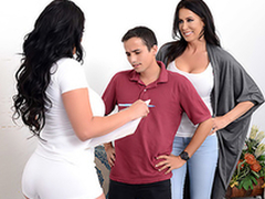 Mom Reagan Foxx tricks lassie Ricky Spanish, and he cums reversed her