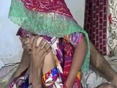 Desi Aunty Rancid Nude At hand Go to the bathroom
