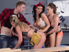 Romi Spew with an increment of the brush factory colleagues work together on several XXX bulge