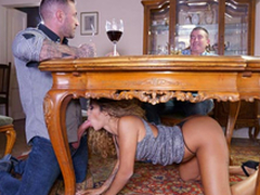 Latin babe essayist Venus Afrodita gives a XXX oral-stimulation to boss' stepson