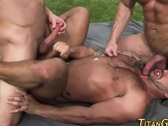 Buff gay threeway jizz