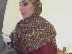 Dude gave money together with cock for an Arab lady